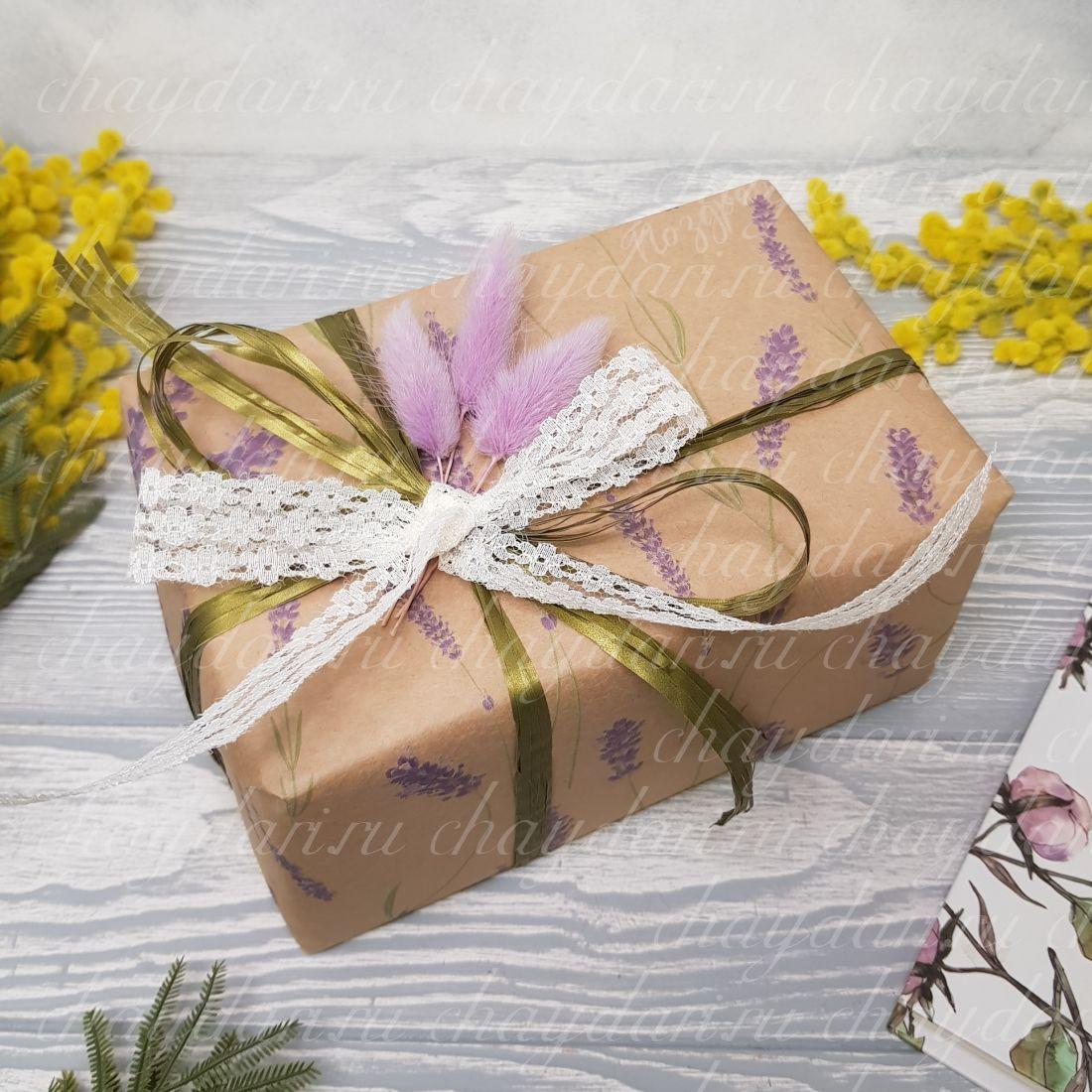 """Коробка с чаем и сладостями """"Лаванда и зелень"""""""