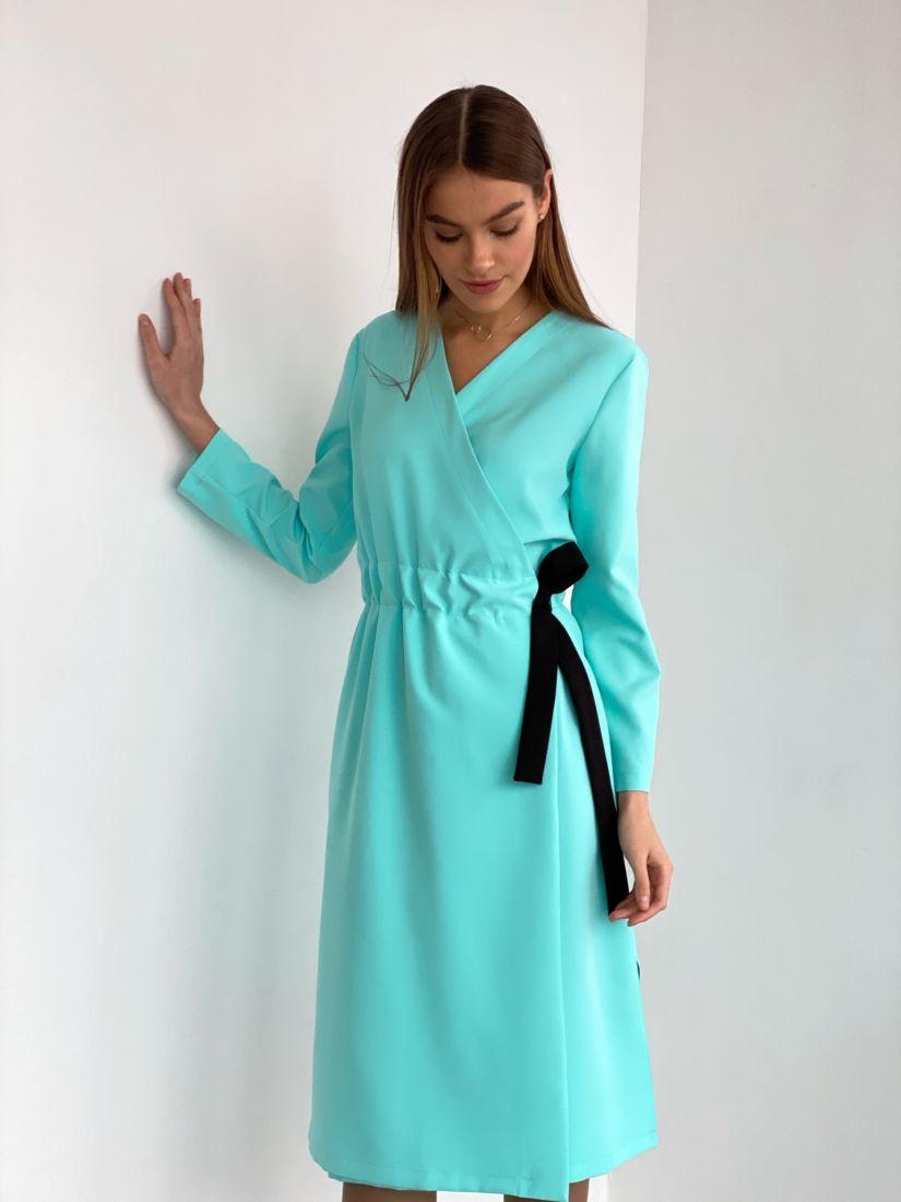 """s3640 Платье с запахом и контрастным поясом в цвете """"ментол"""""""