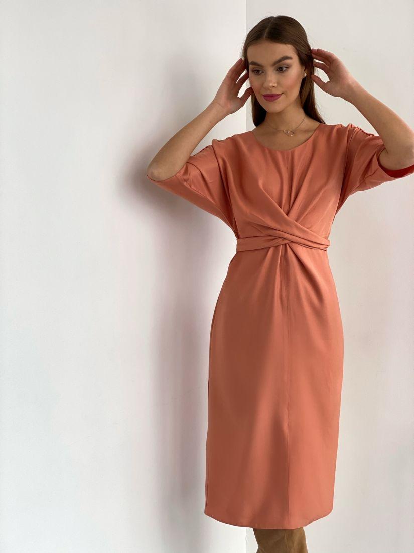 s2882 Платье с перекрутами в тёплом розовом