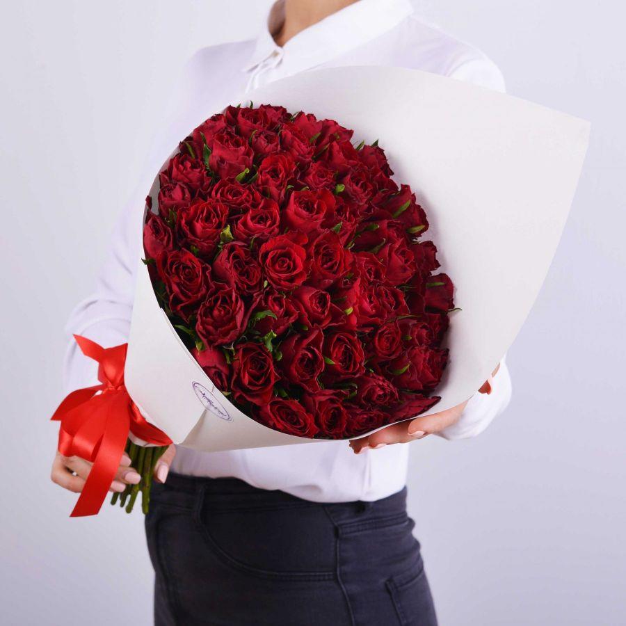 АКЦИЯ 51 красная роза в упаковке (60см)