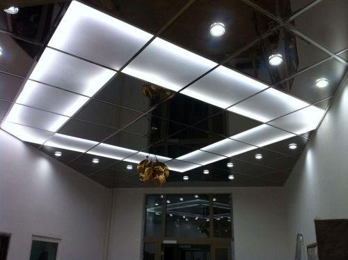 Зеркальный потолок титан 60х60 см. c фацетом