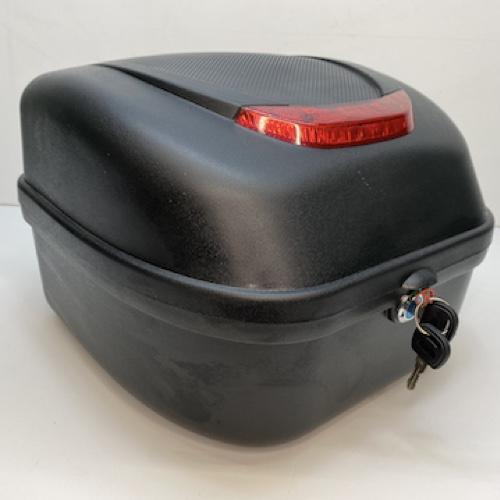 Кофр багажный для электроскутеров, Мото CR-08, 17 Л., Черный