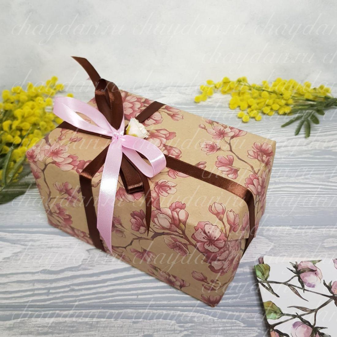 """Коробка с чаем и медом """"Сакура для нее"""""""