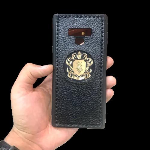 Кожаный чехол-накладка  «Гриффиндор» на телефон