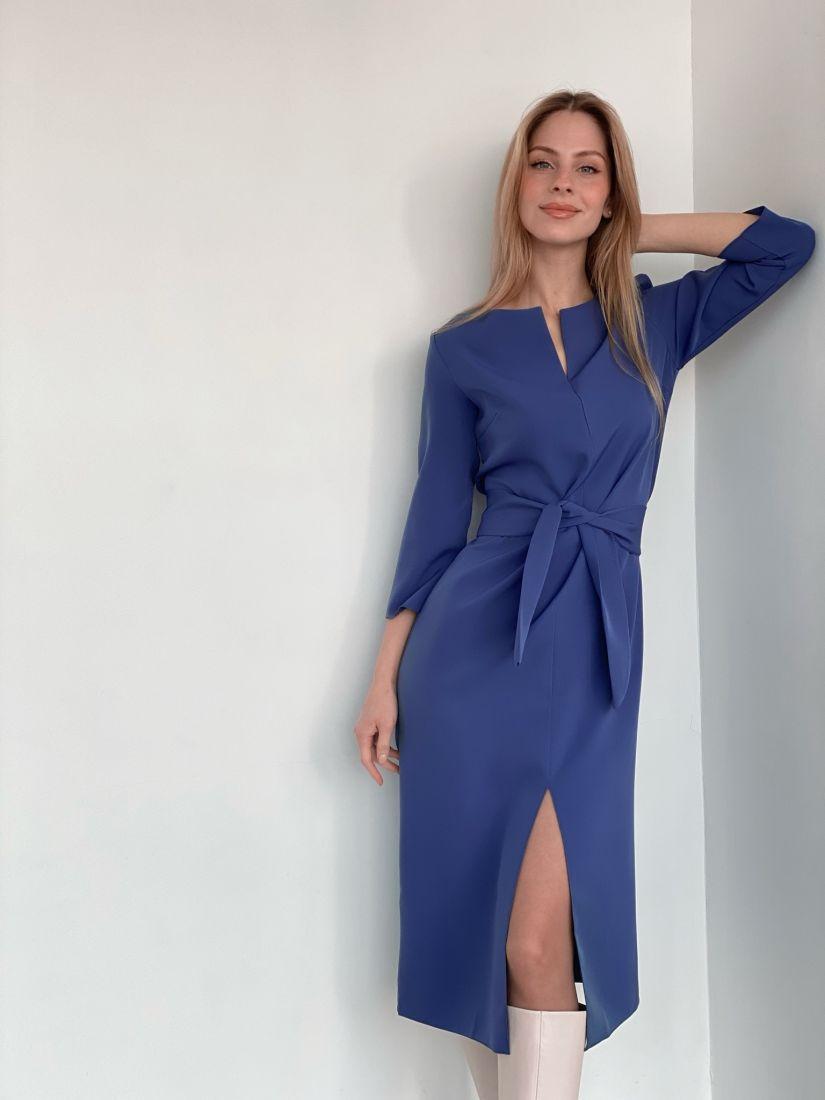 3678 Прямое платье с фигурным поясом в холодном синем цвете
