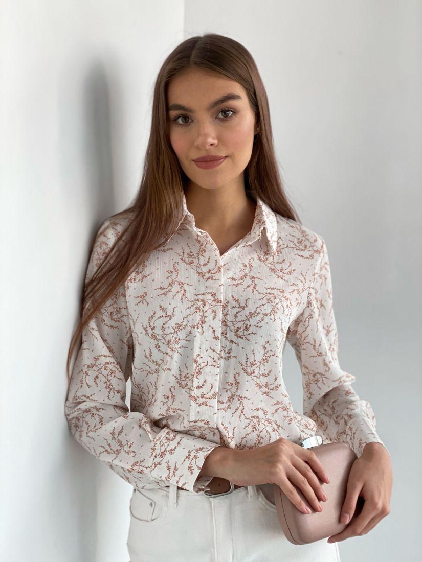 s2442 Рубашка с супатной застежкой айвори с веточками