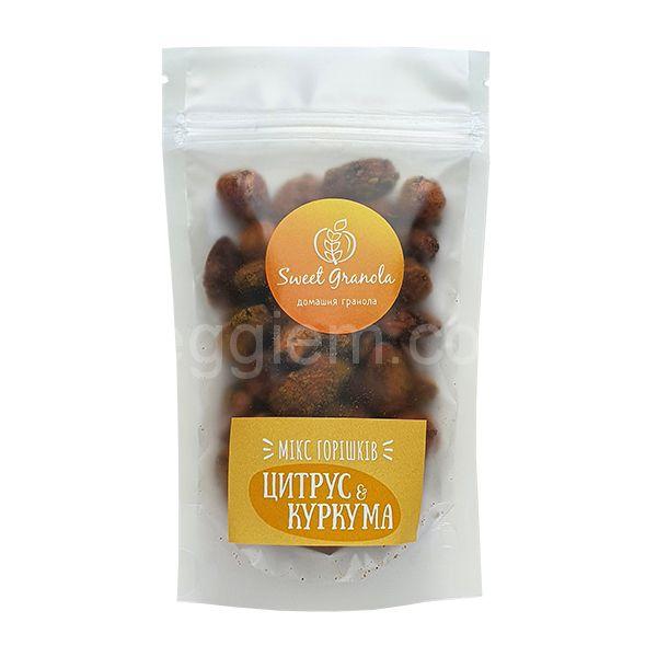 Микс орехов Цитрус и куркума Sweet Granola,75 грамм