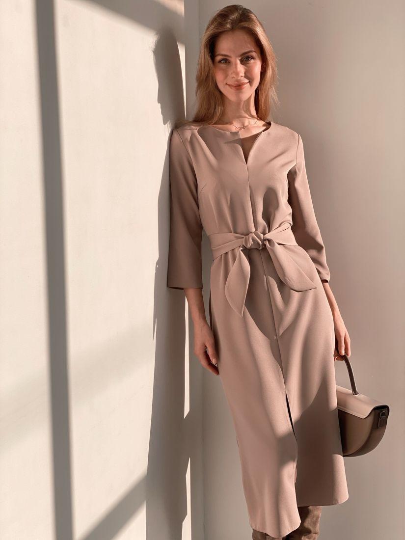 s3683 Прямое платье с фигурным поясом в цвете iced coffee