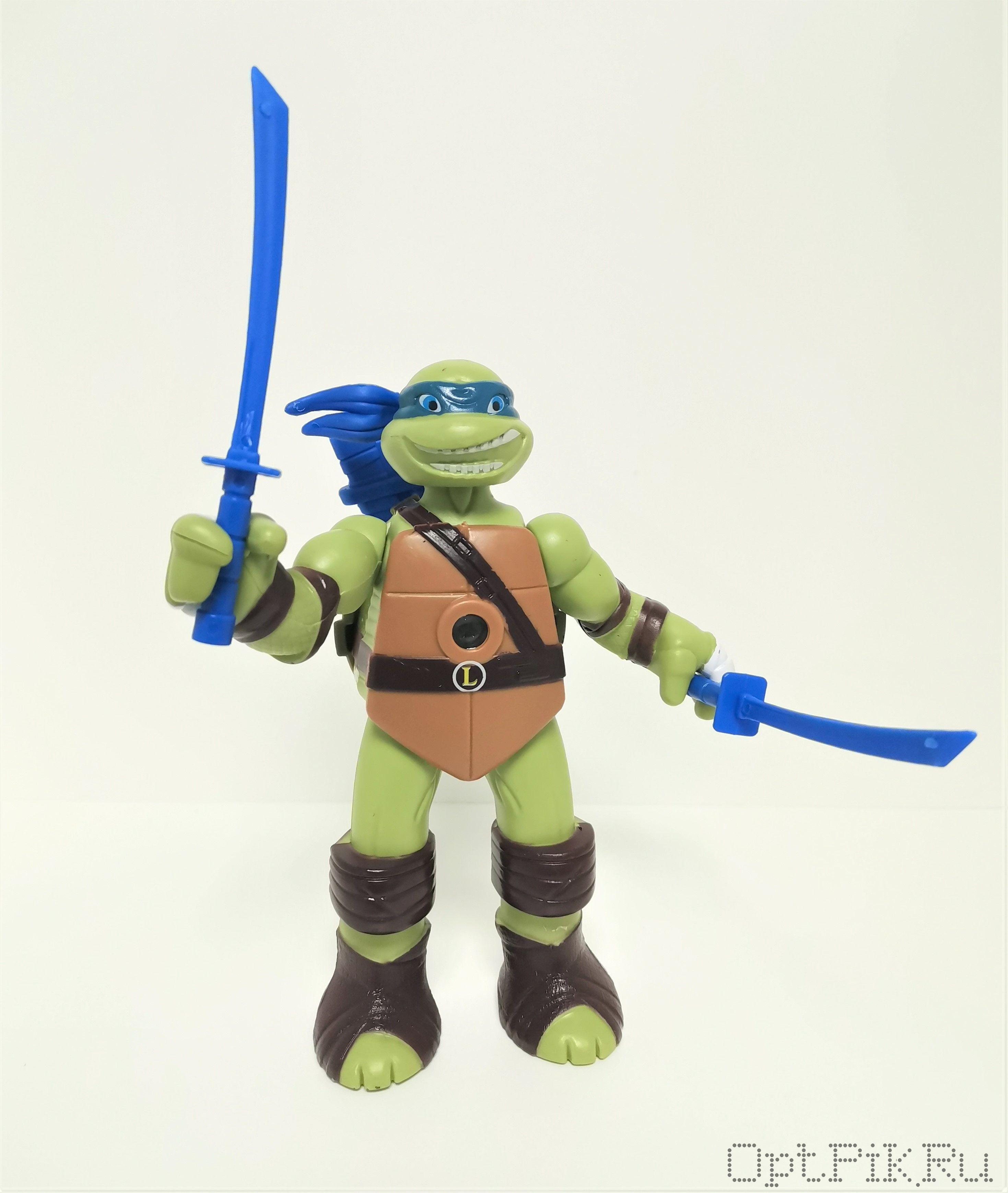 Черепашка ниндзя Леонардо
