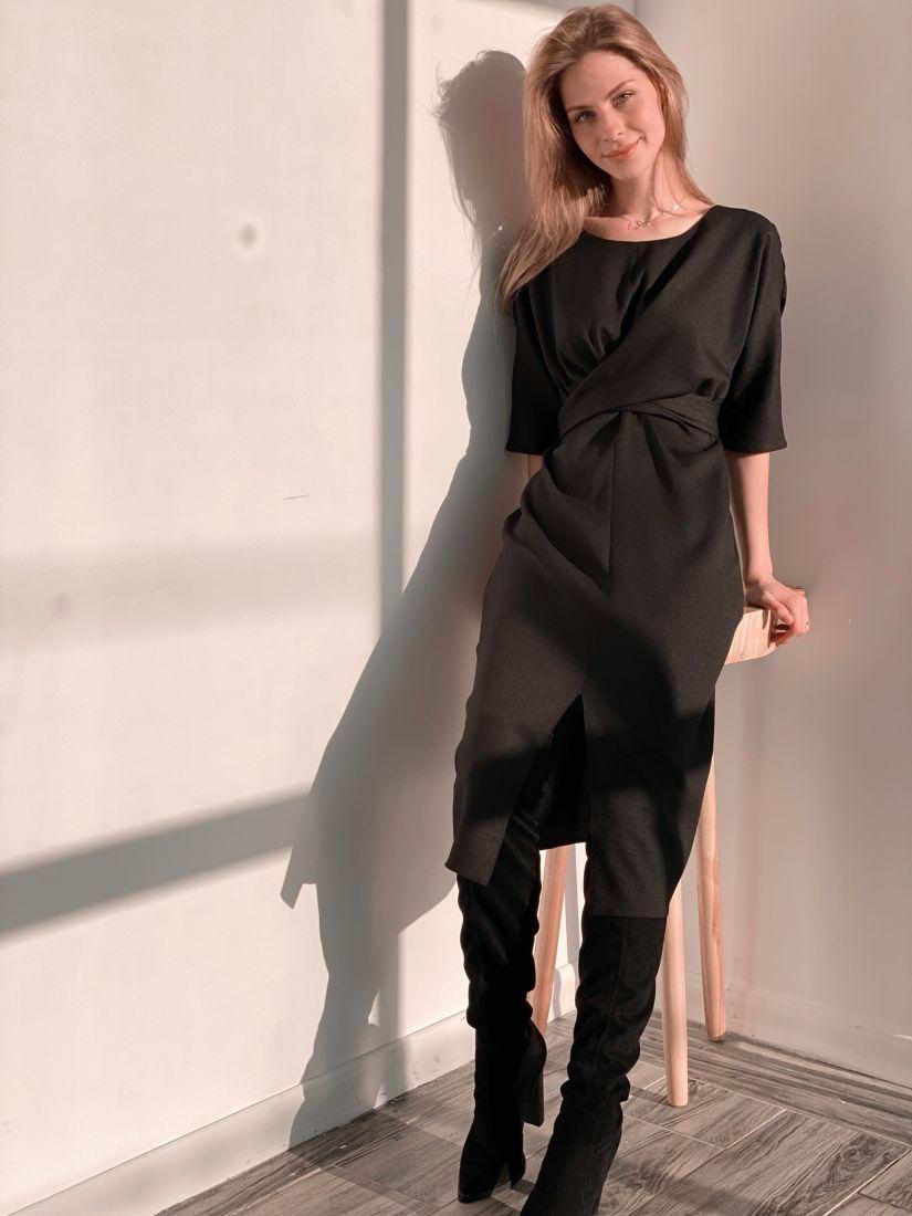 3705 Платье с перекрутами из крепа чёрное