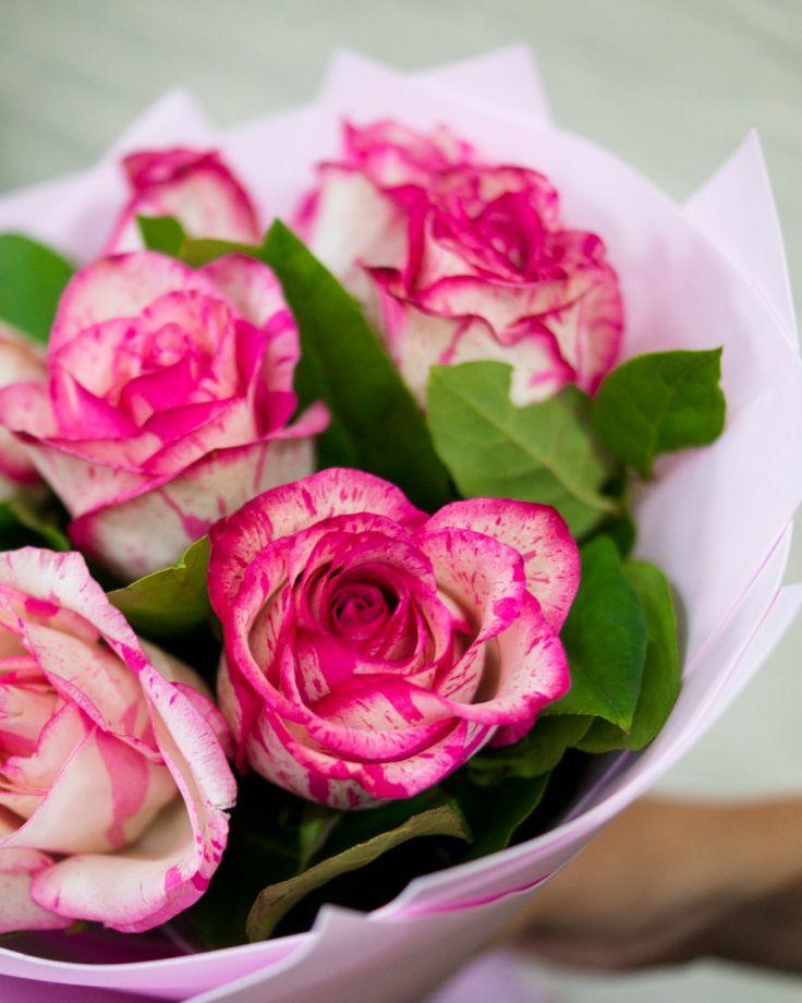 """Букет цветов """"7 роз""""  50 см"""