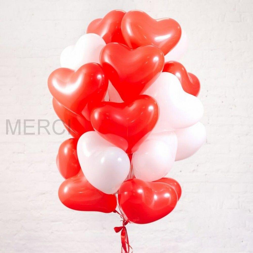 Набор из 19 латексных сердец