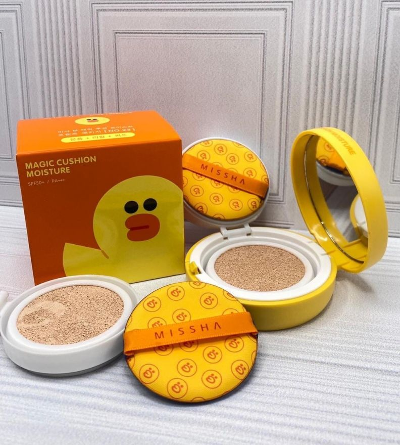 Кушон Утка Magic Cushion Moisture Special Set SPF50+/PA+++ (8180)