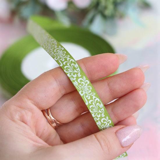 Репсовая лента декоративная - Узор на салатовом 10 мм