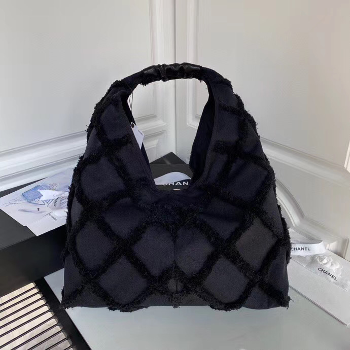 Chanel 45 cm