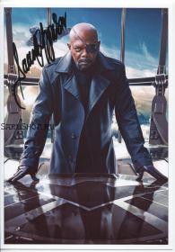 Автограф: Сэмюэл Л. Джексон. Мстители