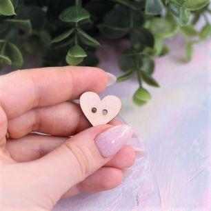 Деревянная пуговка - сердечко 2 см.