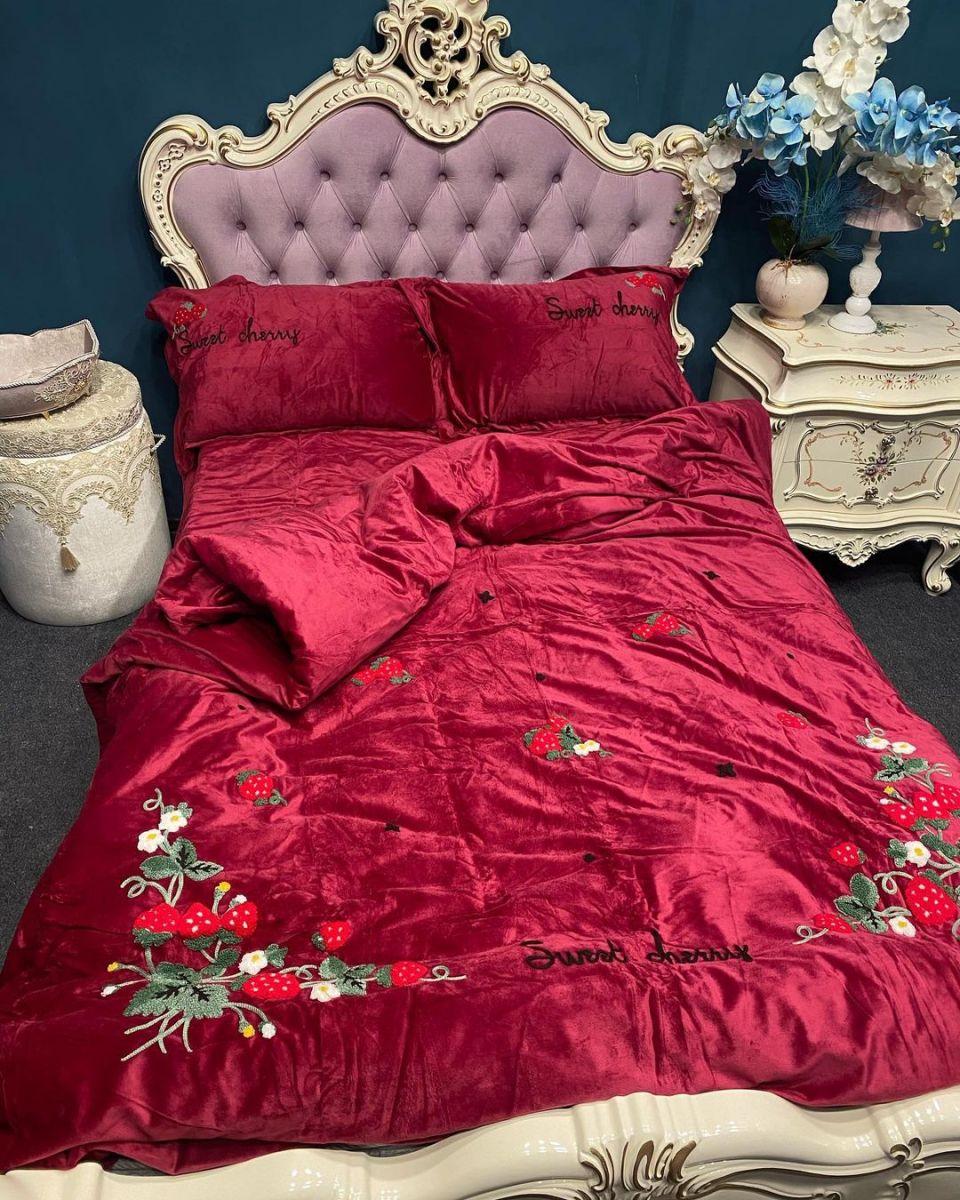 Комплекты постельного белья из велюра