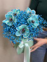 Шляпная коробка с орхидеями и воздушной гипсофилой № 50