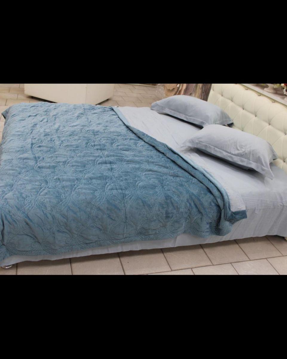 Постельное белье с одеялом -пледом