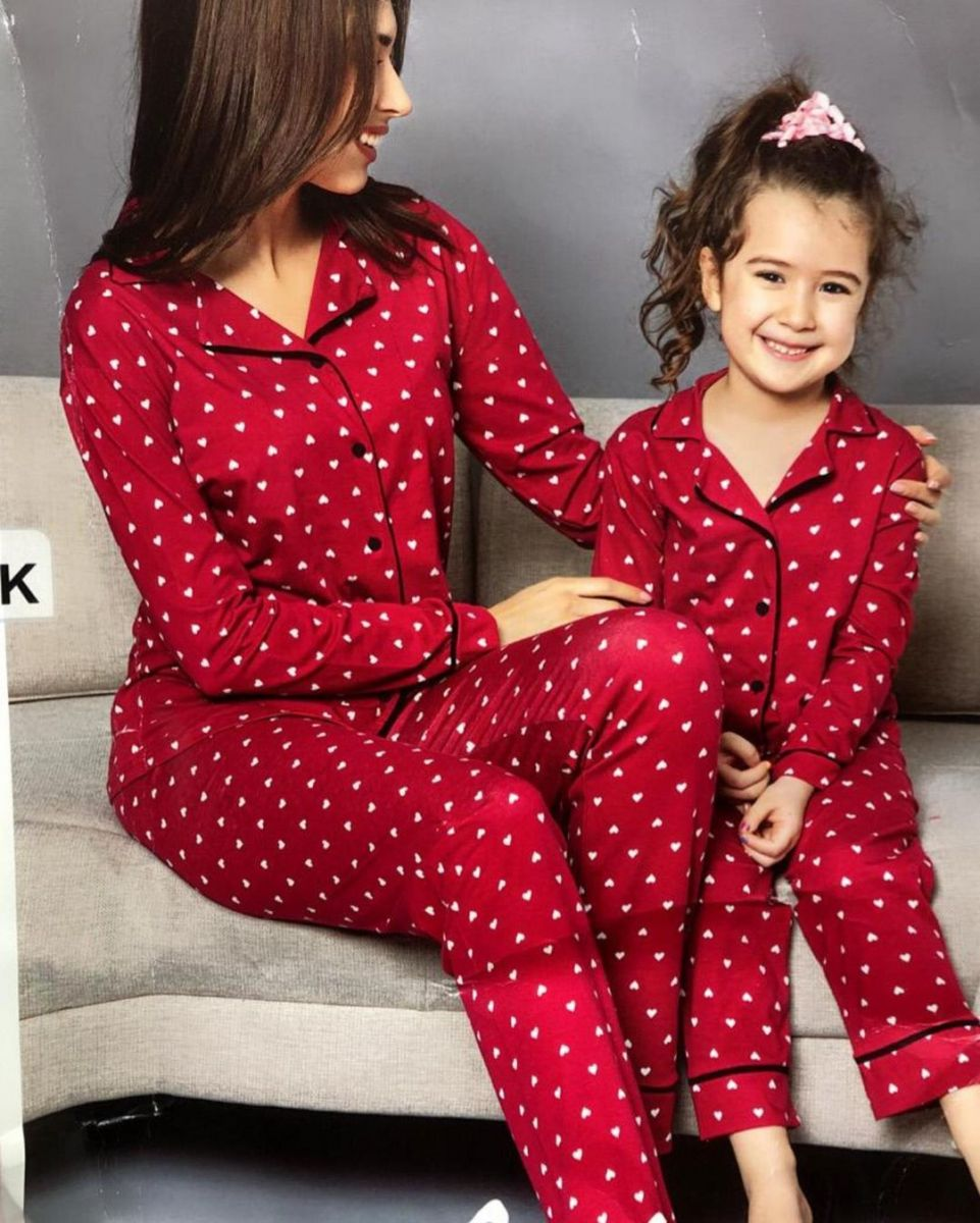 Хлопково-трикотажная пижама