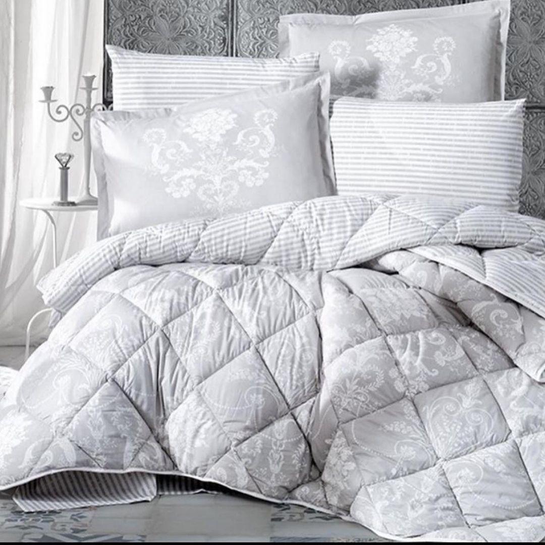 Постельное белье с тёплым одеялом и пододеяльником в комплекте