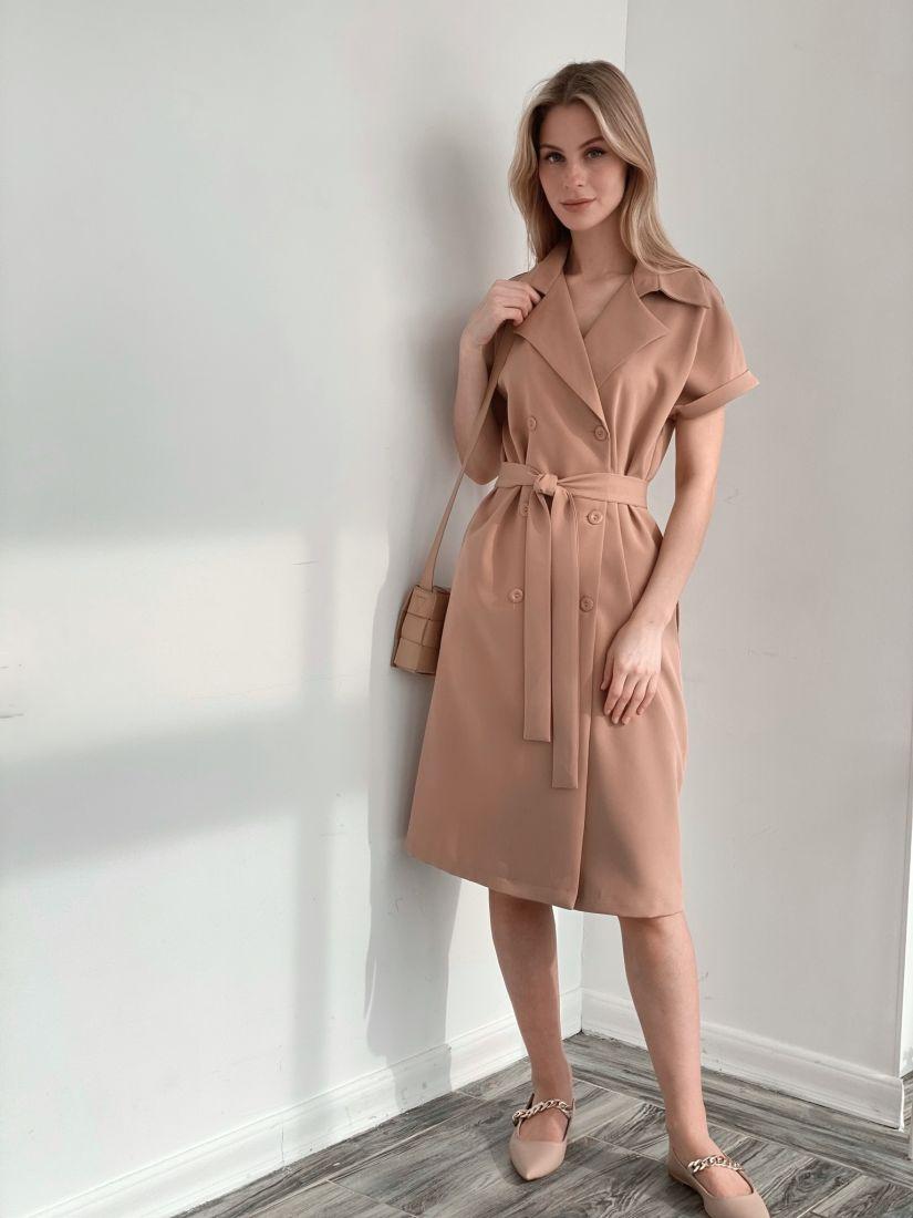s3912 Платье двубортное со спущенным плечом песочное