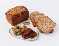 Хлеб с томатами и оливками. 470-490 г