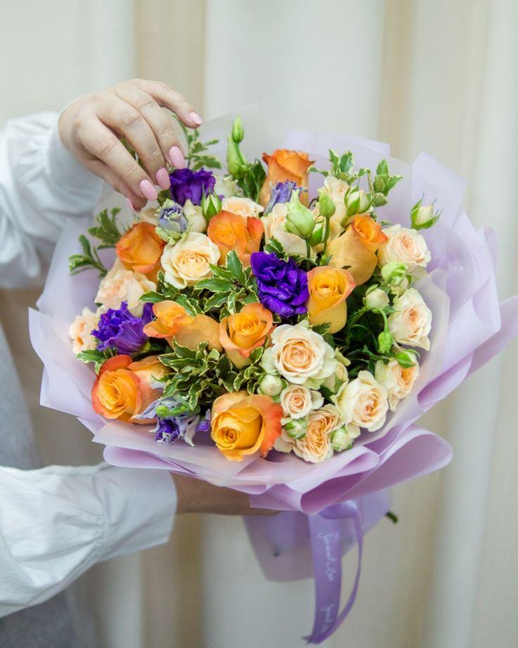 Букет из цветов Розы микс
