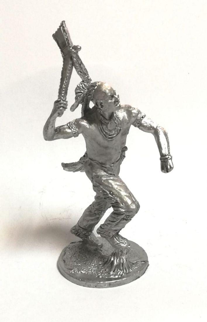 Фигурка индеец с томагавком олово