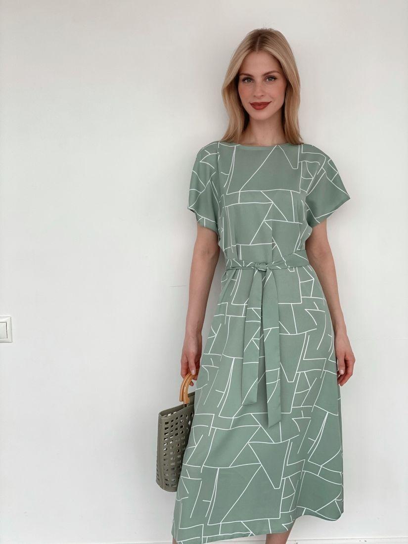 3932 Платье-миди фисташковое с графичным принтом