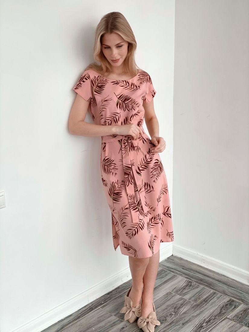 3940 Платье пудровое с веточками