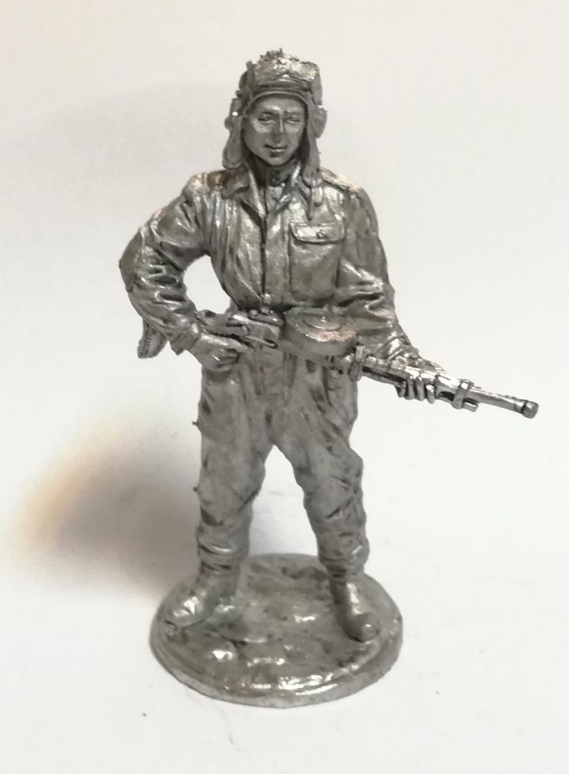 Фигурка Танкист, стрелок-радист с пулемётом ДТ олово