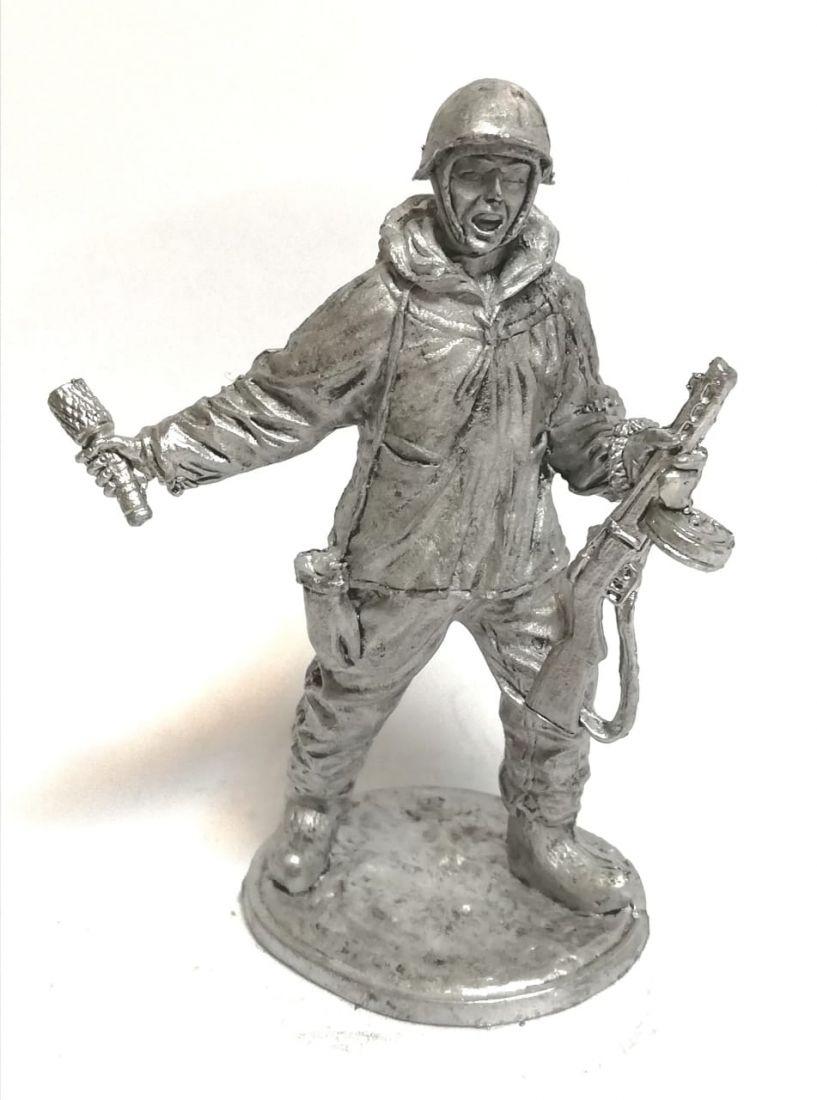 Фигурка солдат в маскхалате олово