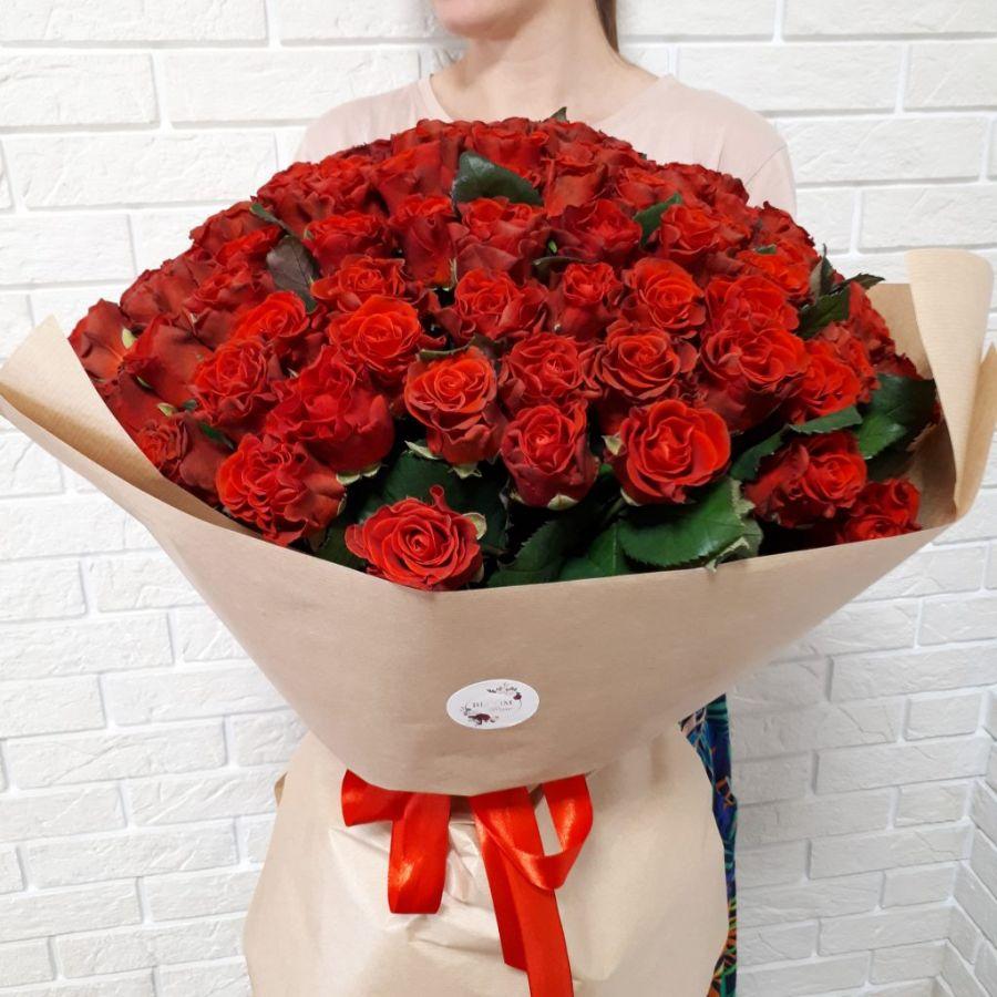 Роза красная Россия 60см от 11шт в упаковке