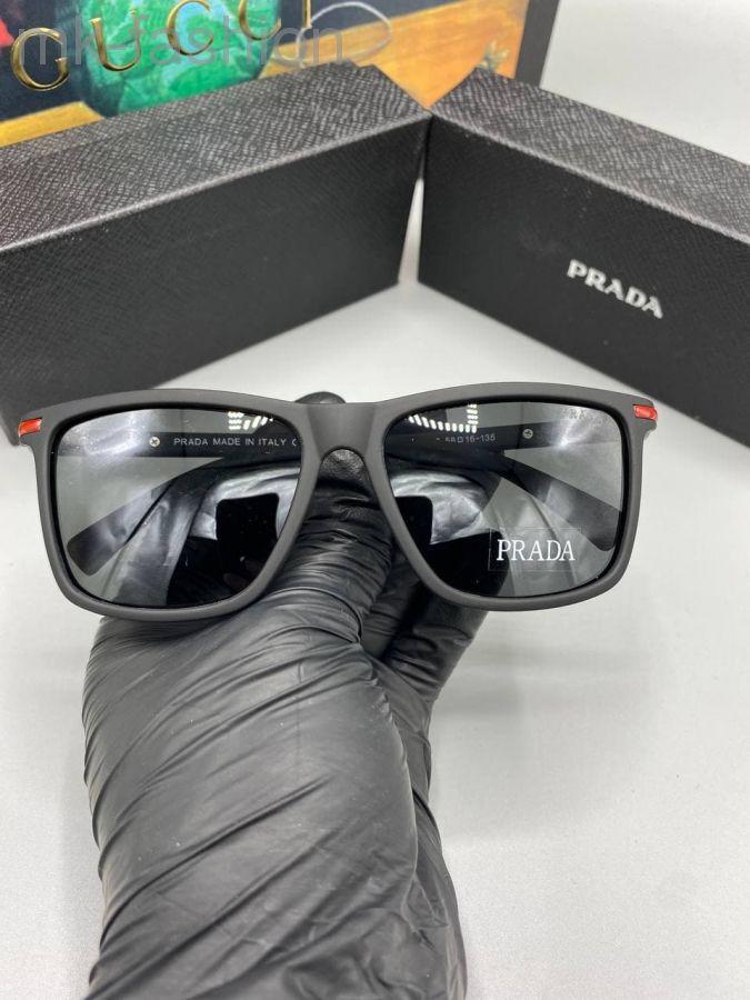 Prada очки Солнцезащитные