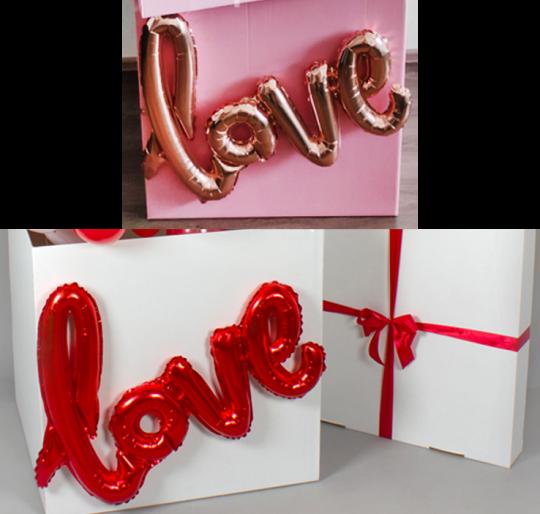 Коробка, декорированная фольгированной надписью