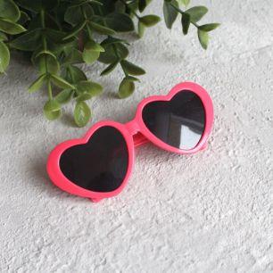 Кукольный аксессуар - Очки с темными линзами ярко-розовые, 8 см.