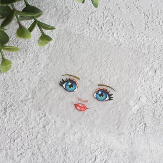 Термонаклейка для декорирования лица куклы с сине-зелеными глазами