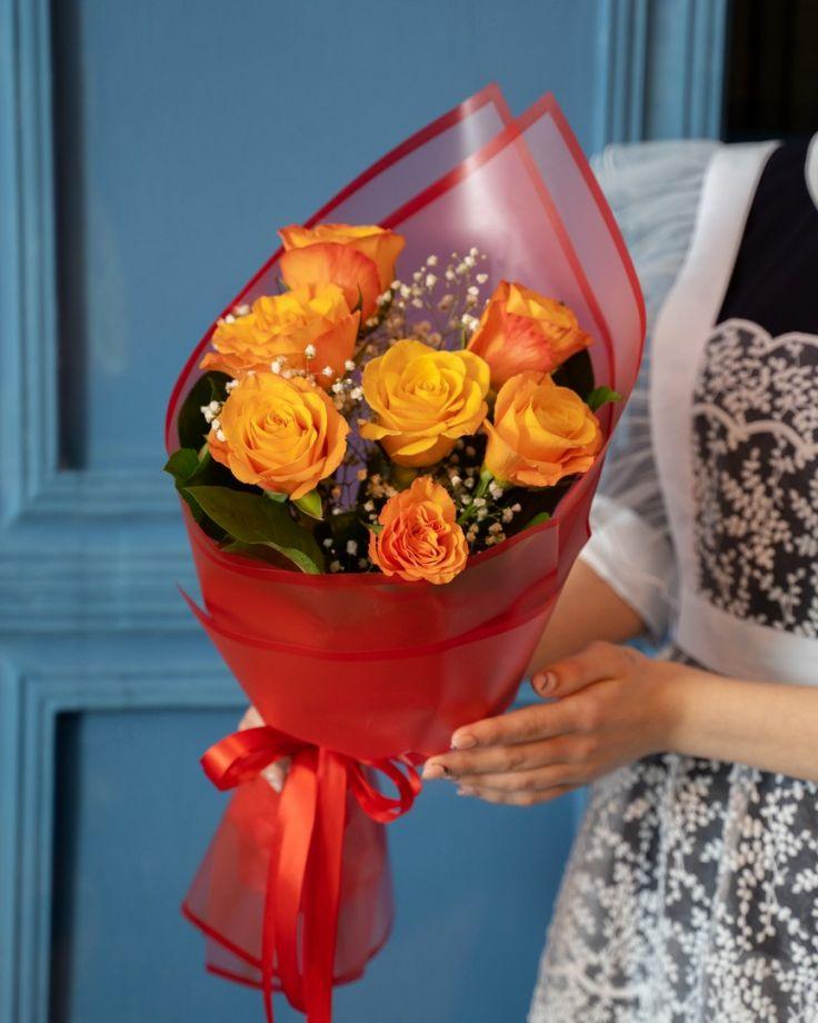 Букет на выпускной из 7 кенийских роз