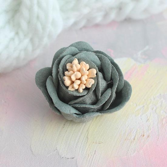 Цветок 3 см. плотный тканевый, хаки