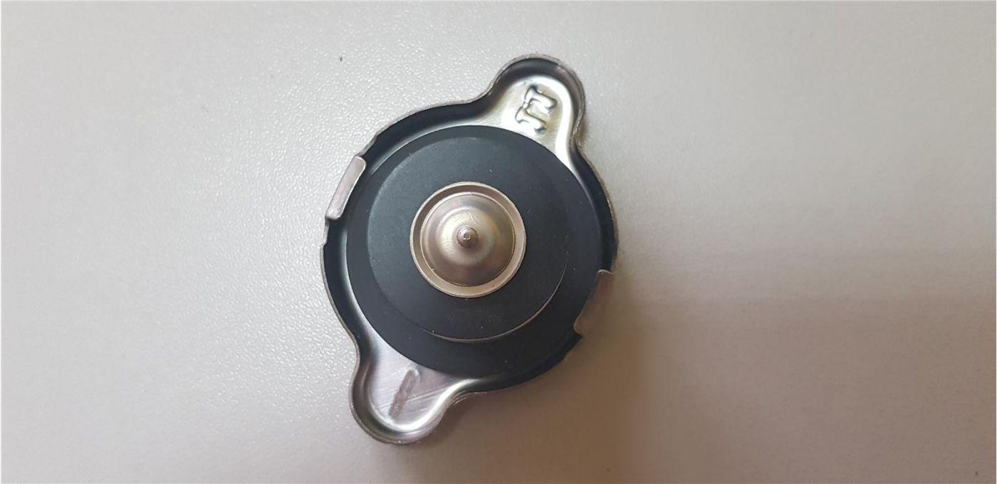 Крышка радиатора основного Mitsubishi Fuso Canter 4M50Т