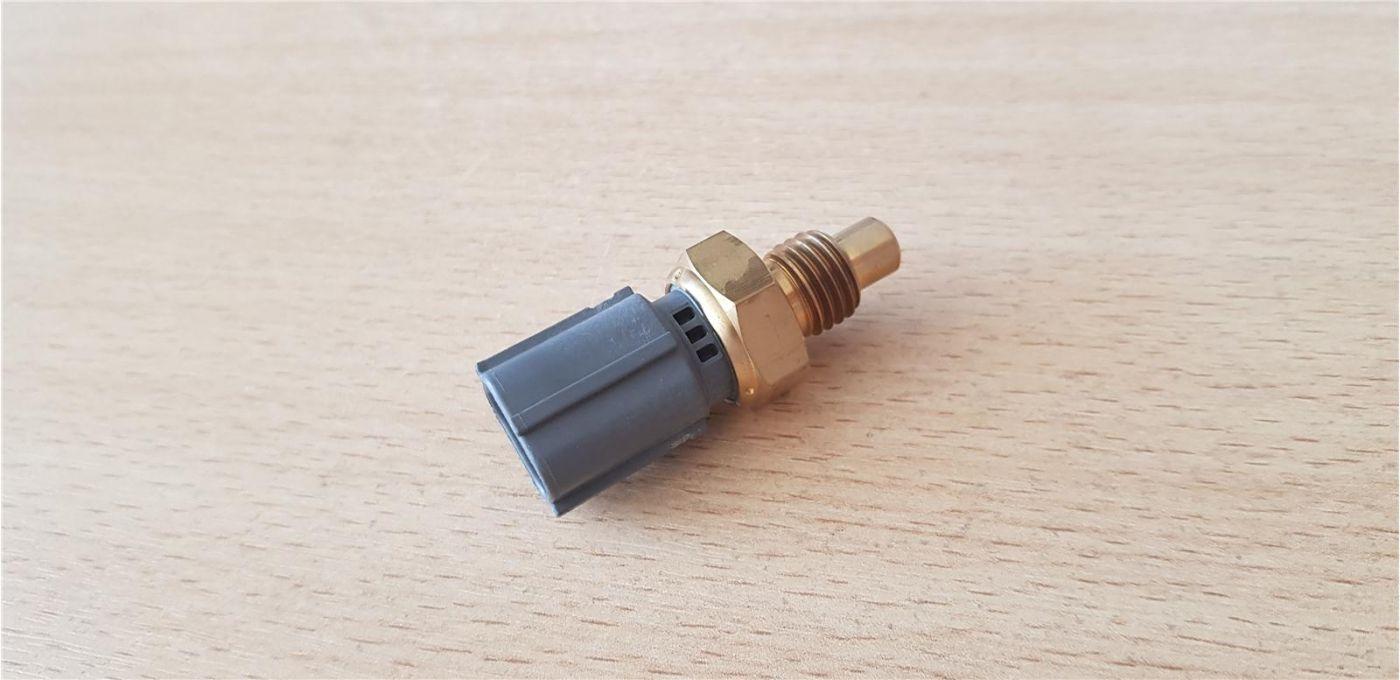 Датчик ТНВД (температуры топлива) 4HK1 4JJ1 6HK1 Isuzu NPR75 NMR85 NLR85 FSR90 FVR34
