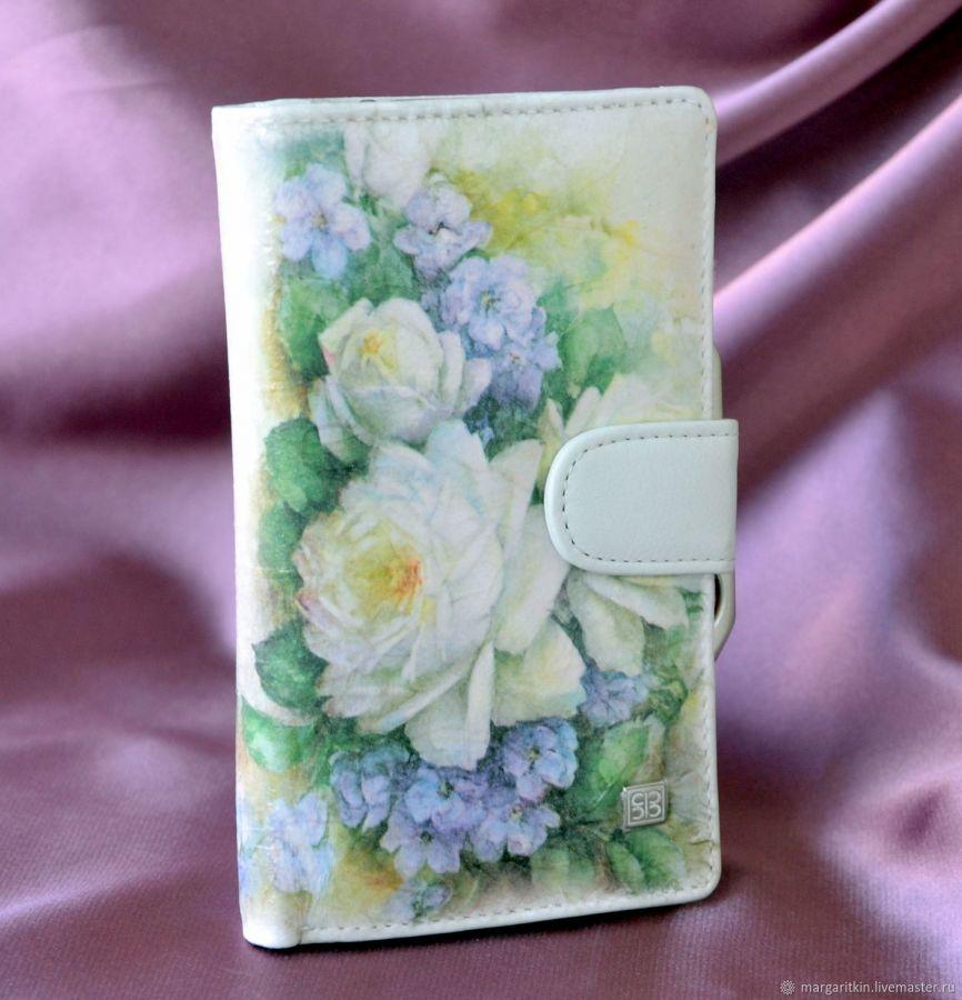 Кожаный кошелёк Белые розы