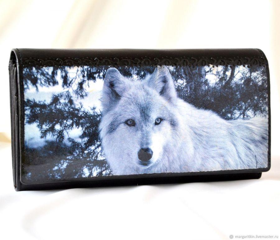 Кожаный кошелёк Белый волк