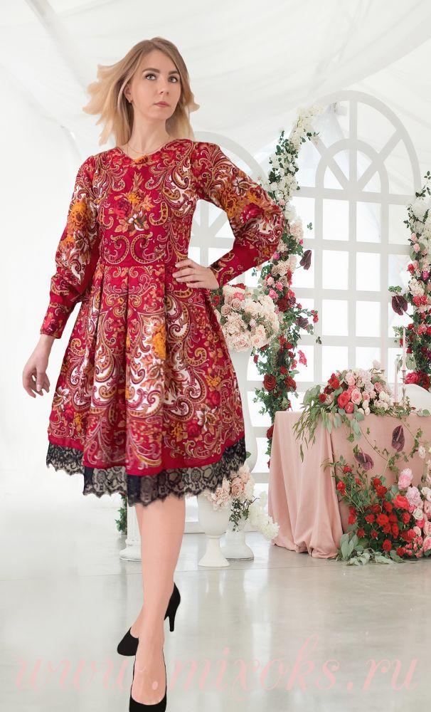 Платье мини из платка бордовое
