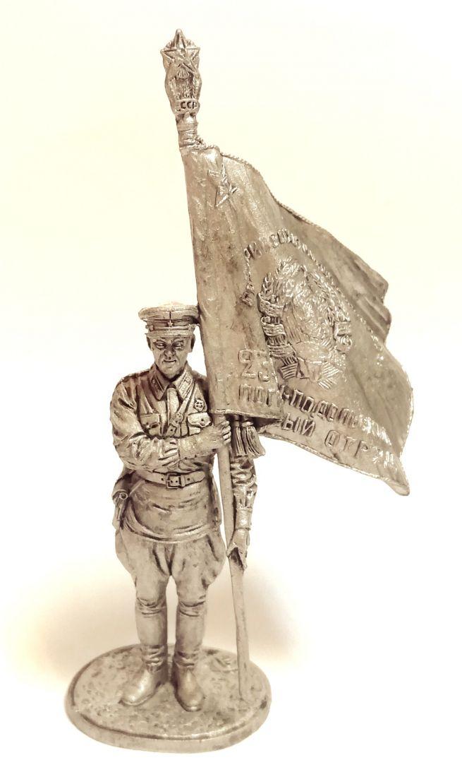 Фигурка Старший сержант погранвойск НКВД со знаменем погранотряда олово