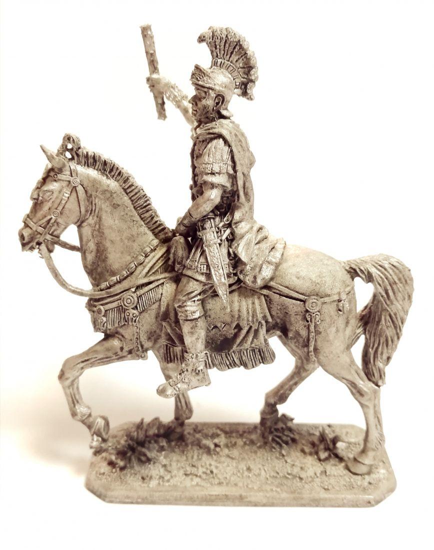 Фигурка Конный римский командир 1 в. Н.Э.   олово
