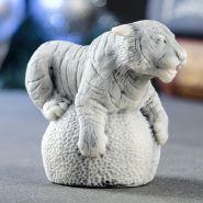 "Силиконовая форма ""Тигр на шаре"" 6х7,5 см"