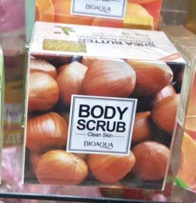 Увлажняющий массажный скраб для тела с маслом семян дерева Ши Bioaqua
